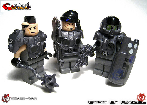Gears of war lego mini fig