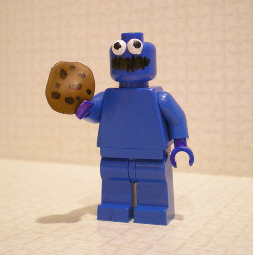 Lego custom minifig cookie monster