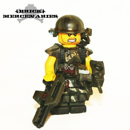 AliensColonialMarinePrivateDanielsCustomMinifigure