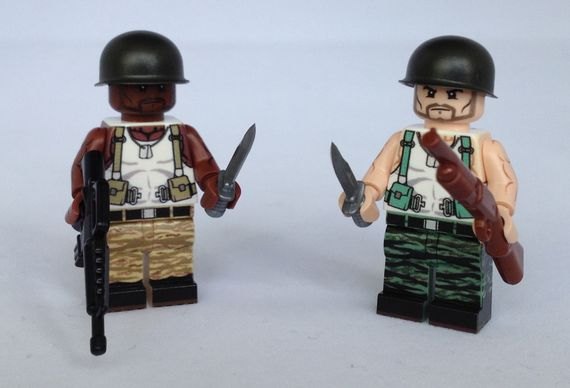 eclipseGrafx Hunter Brown and Light Flesh Minifigures