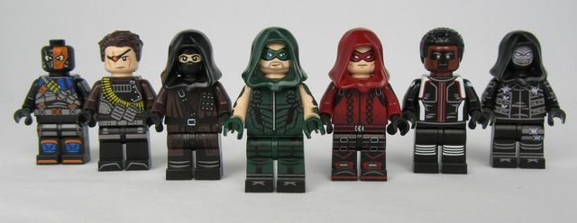 Arrow LeYiLeBrick Custom Minifigures