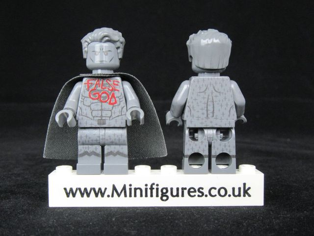 Superman Statue LeYiLeBrick Custom Minifigures