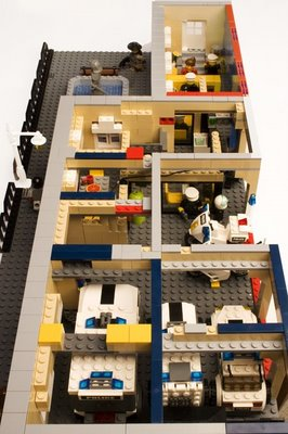 Amazing Lego Police Station4
