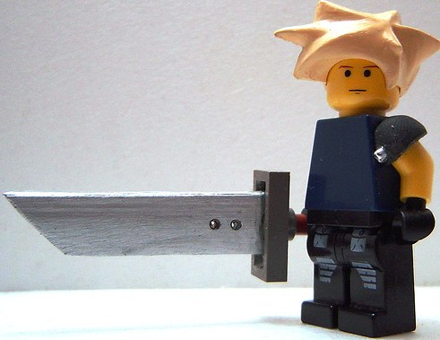custom minifig cloud strife by LordT