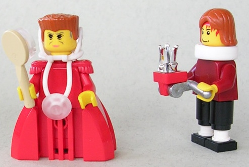 Lego Queen custom minifig