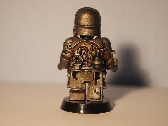 Amazing Armory Iron Man Gold Mark I Back