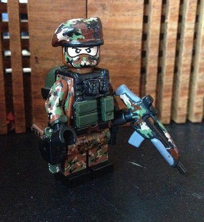 M81 Camo Custom Minifigure