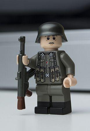 Minifigs R Us STG Gunner