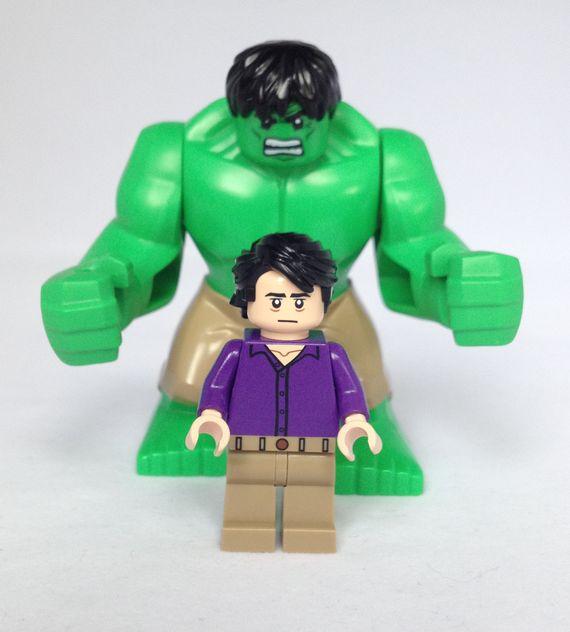 Bruce Banner & Hulk Minifigures