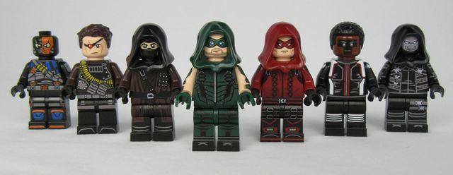 Arrow LeYiLeBrick Custom Minifigures